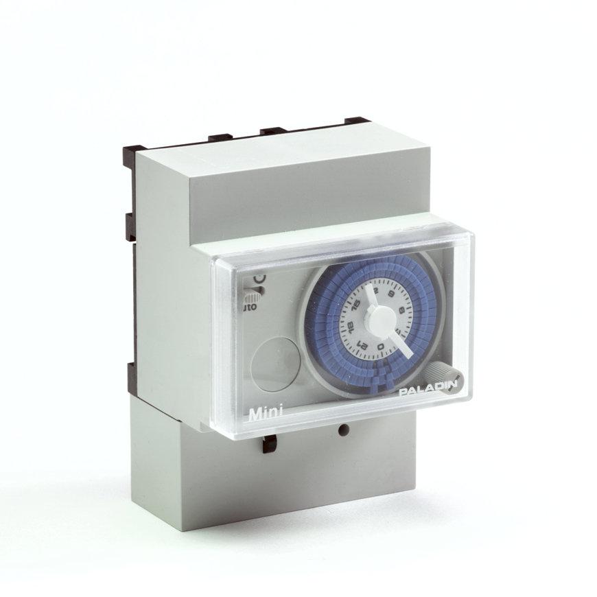 Paladin minischakelklok, type D-181100, met dagschijf zonder gangreserve  default 870x870
